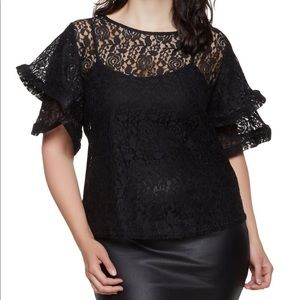 🆕🖤Plus Size Lace Tiered Blouse🖤